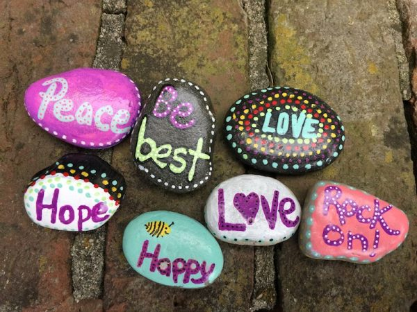 easy-painted-rock-ideas
