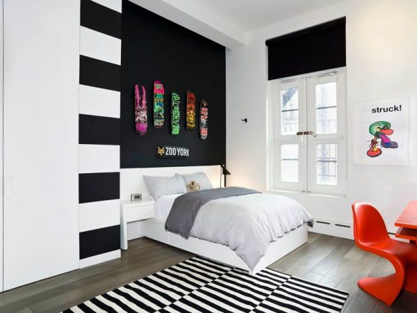 Bedroom Wall DecorMake a Statement