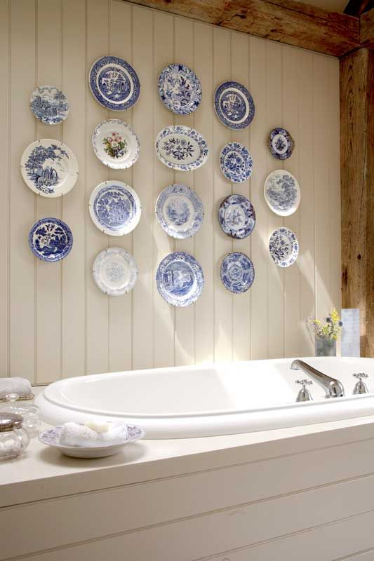 bathroom Hang Antique Plates
