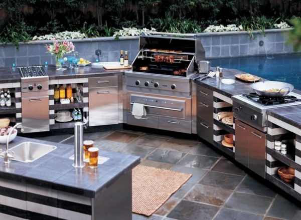 simple outdoor kitchen ideas Luxurious Outdoor Grill Area