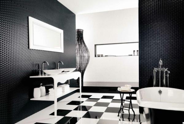 small bathroom ideas Black and White Tile