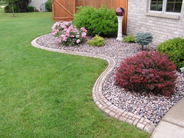 landscaping with rocks and stones pictures